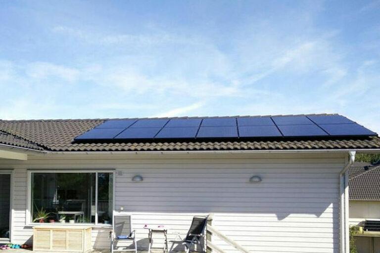 Installerade solceller villa